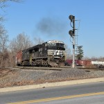 Norfolk Southern train 38G accelerates westbound out of Allentown yard