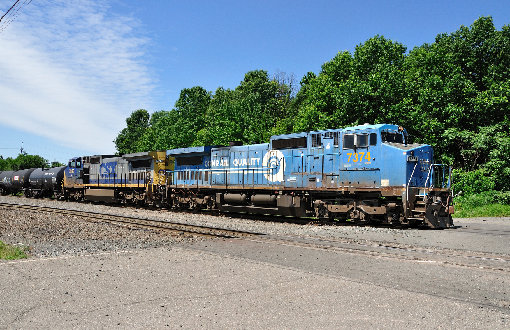 CSX locomotive consist noteworthy for its rare Blue paint