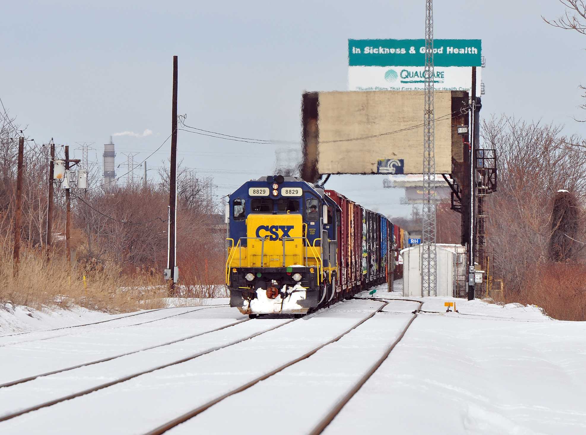 Frigid temperatures no problem for Conrail heading south through Carteret