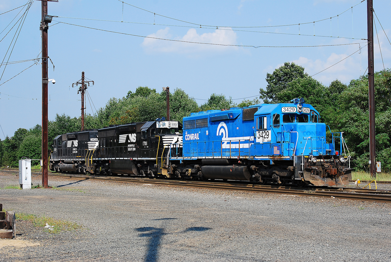 Three mainline veterans getting ready to depart small Browns Yard, in Sayreville, NJ, in 2009, enroute back to Oak Island Yard in Newark.
