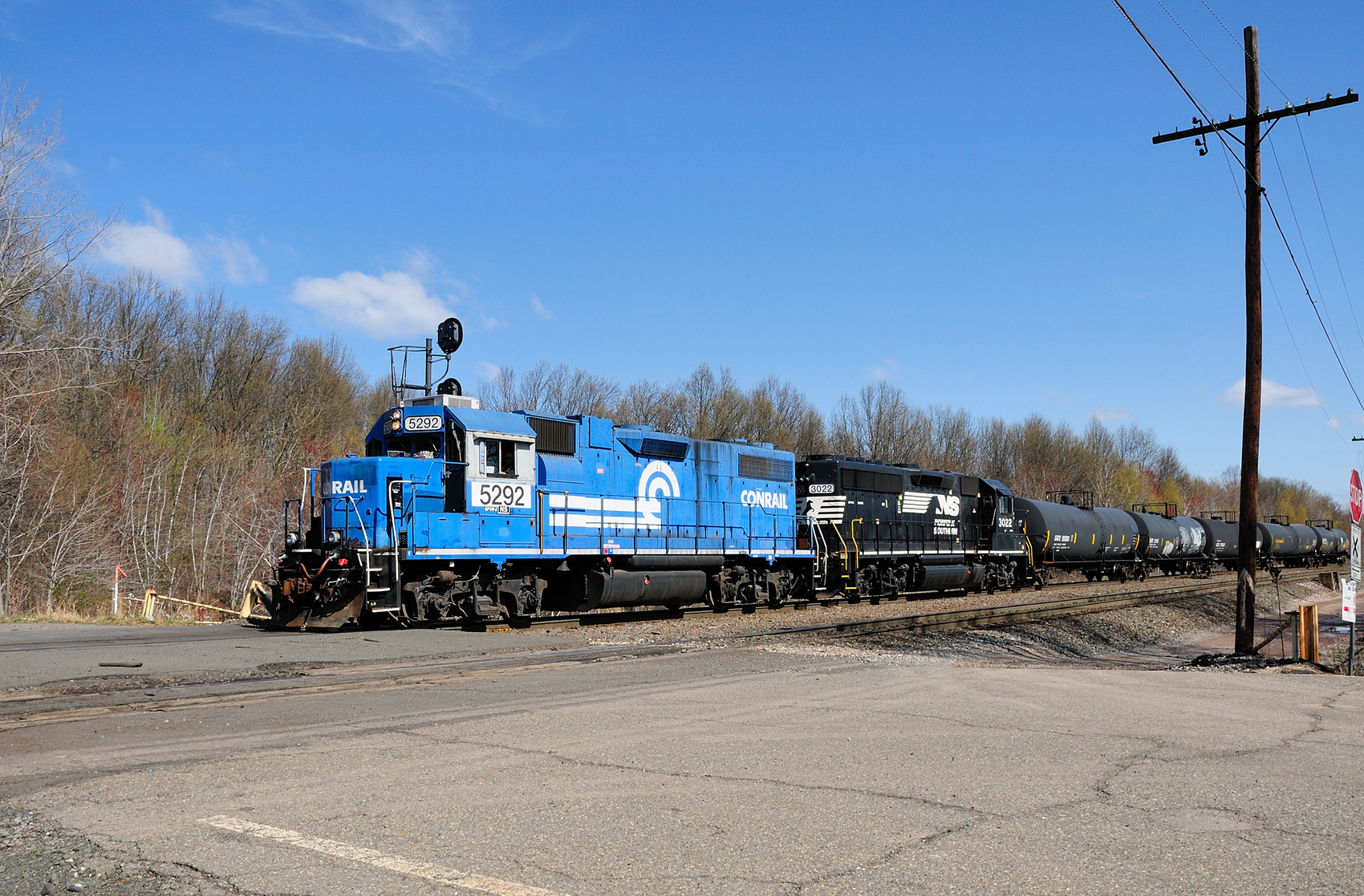Conrail Blue Norfolk Southern 5292 Chemical Coast Secondary April 2011