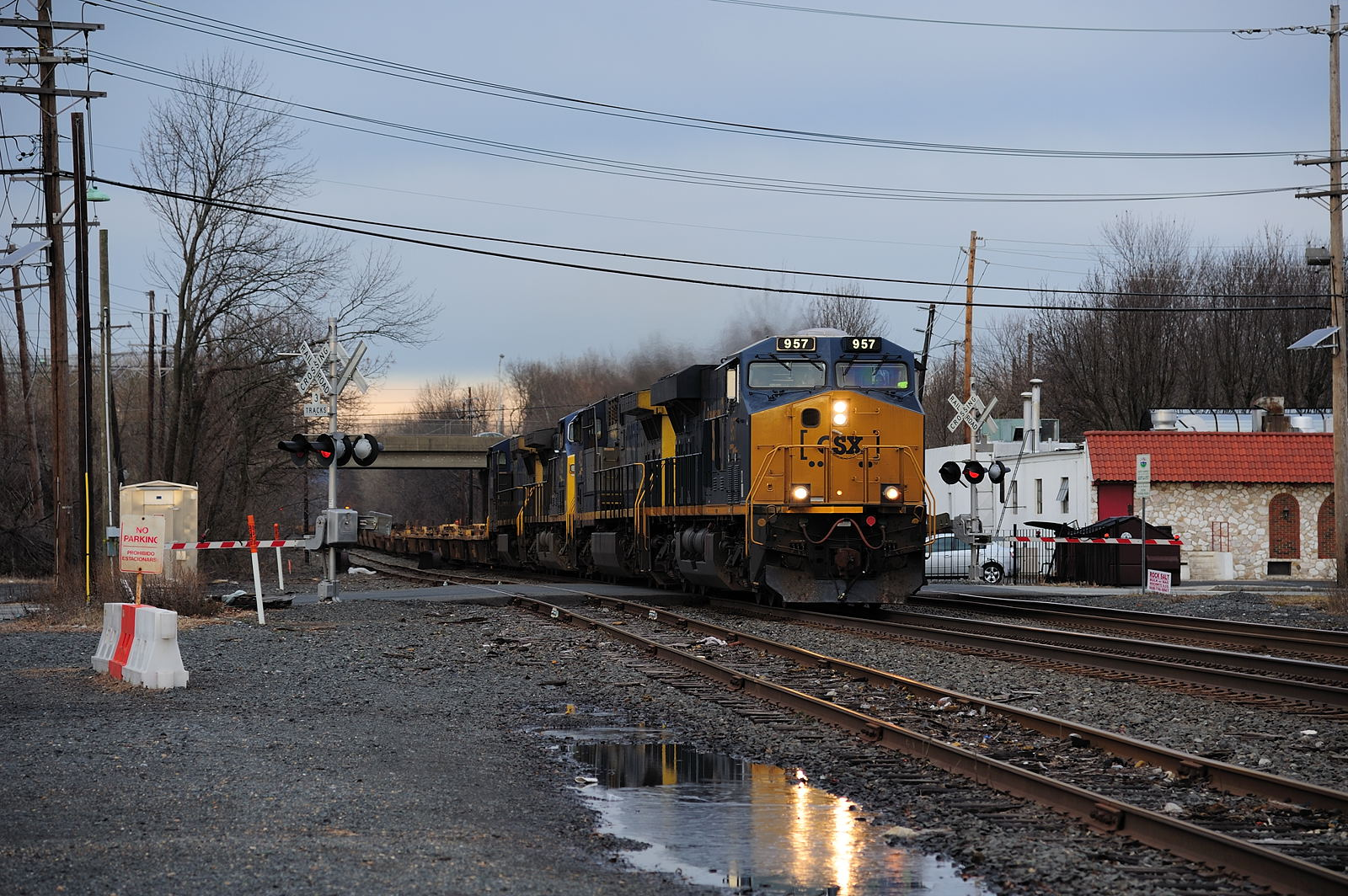 CSX train Q128 South Plainfield NJ Conrail Shared Assets Lehigh Line