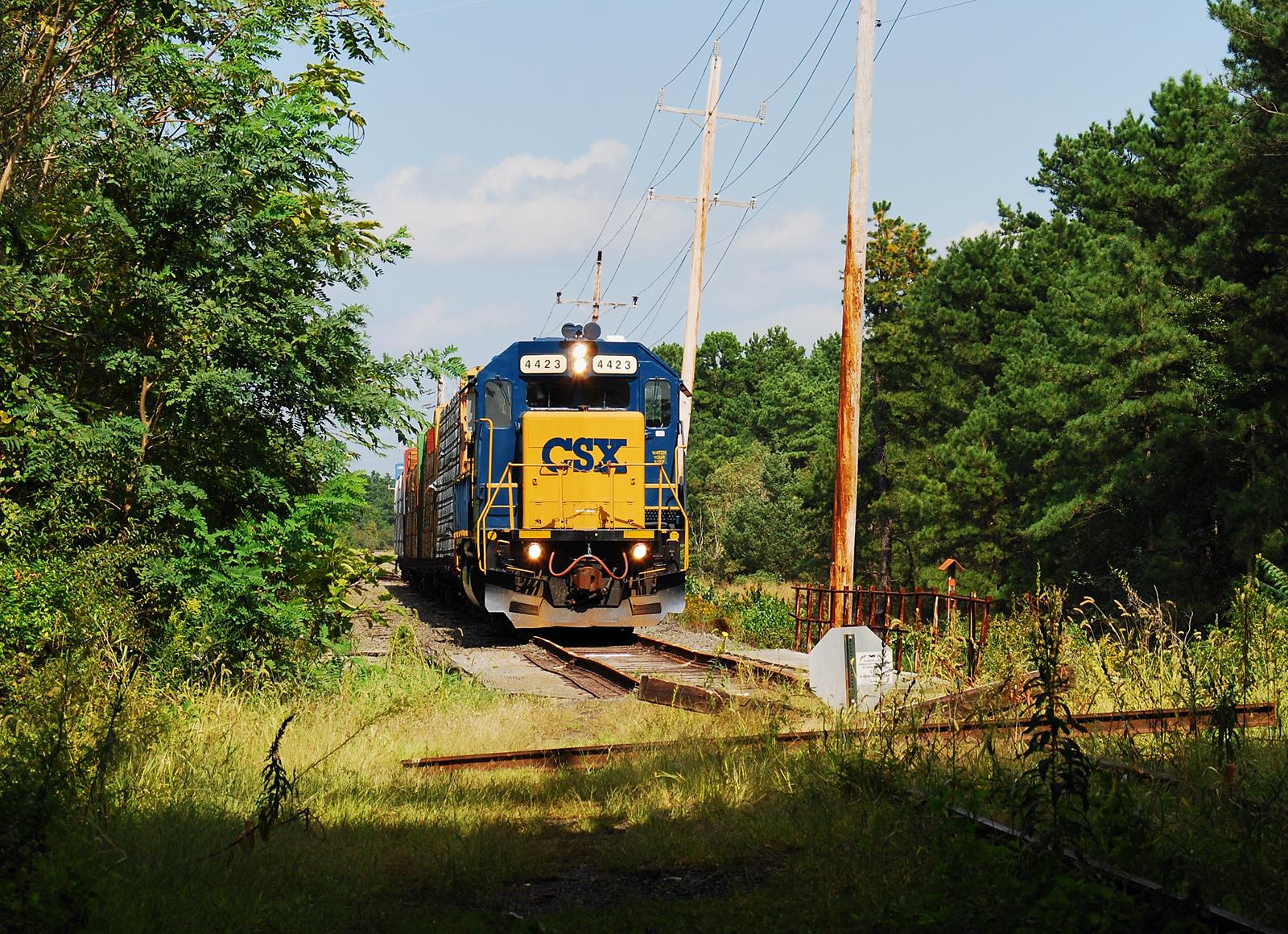 Conrail Southern Secondary CSX 4423 exCNJ Lakehurst NJ